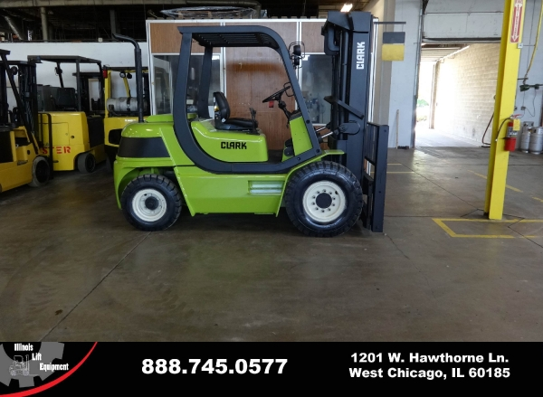 Used 2005 CLARK CMP40D - West Chicago, IL