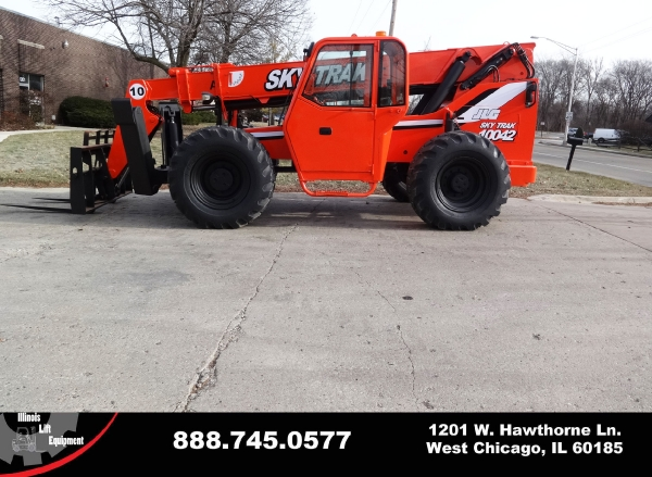 Used 2003 SKYTRAK 10042 - West Chicago, IL