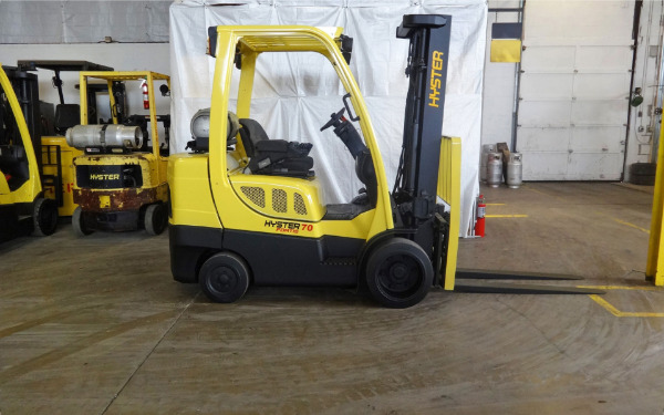 Used 2006 HYSTER S70FT - West Chicago, IL