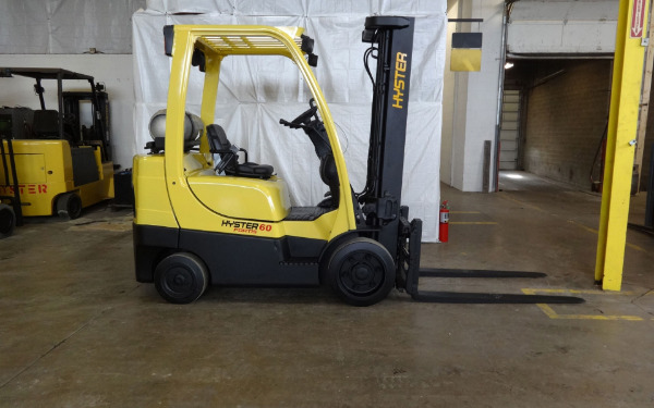 2010 HYSTER S60FT