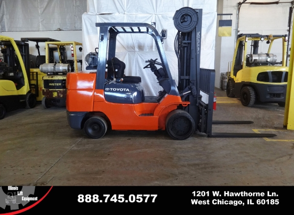 Used 2011 TOYOTA 7FGCU45 - West Chicago, IL
