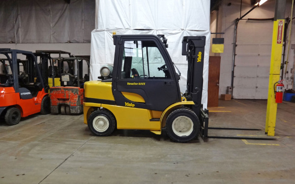 Used 2006 YALE GLP080VX  - West Chicago, IL