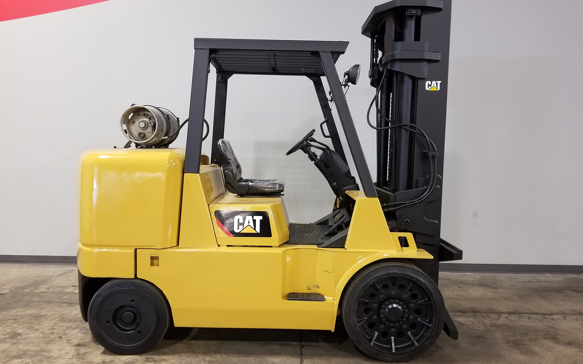 Used 2003 CATERPILLAR GC70K  | Cary, IL
