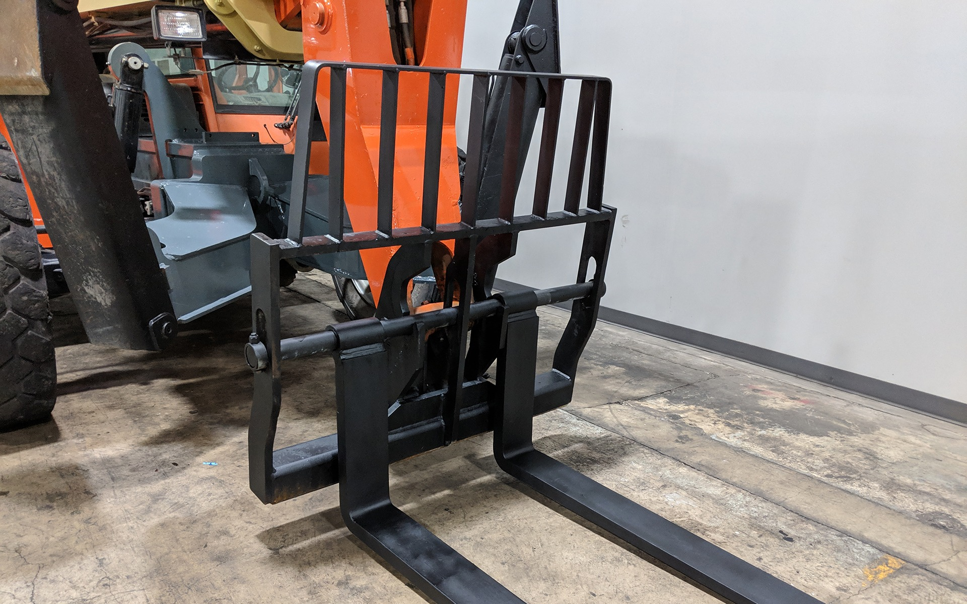 Used 2011 JLG G12-55A    Cary, IL