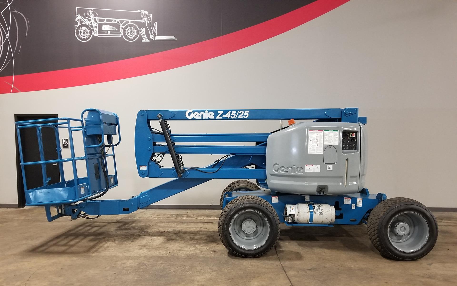 Used 2005 GENIE Z45 25  | Cary, IL