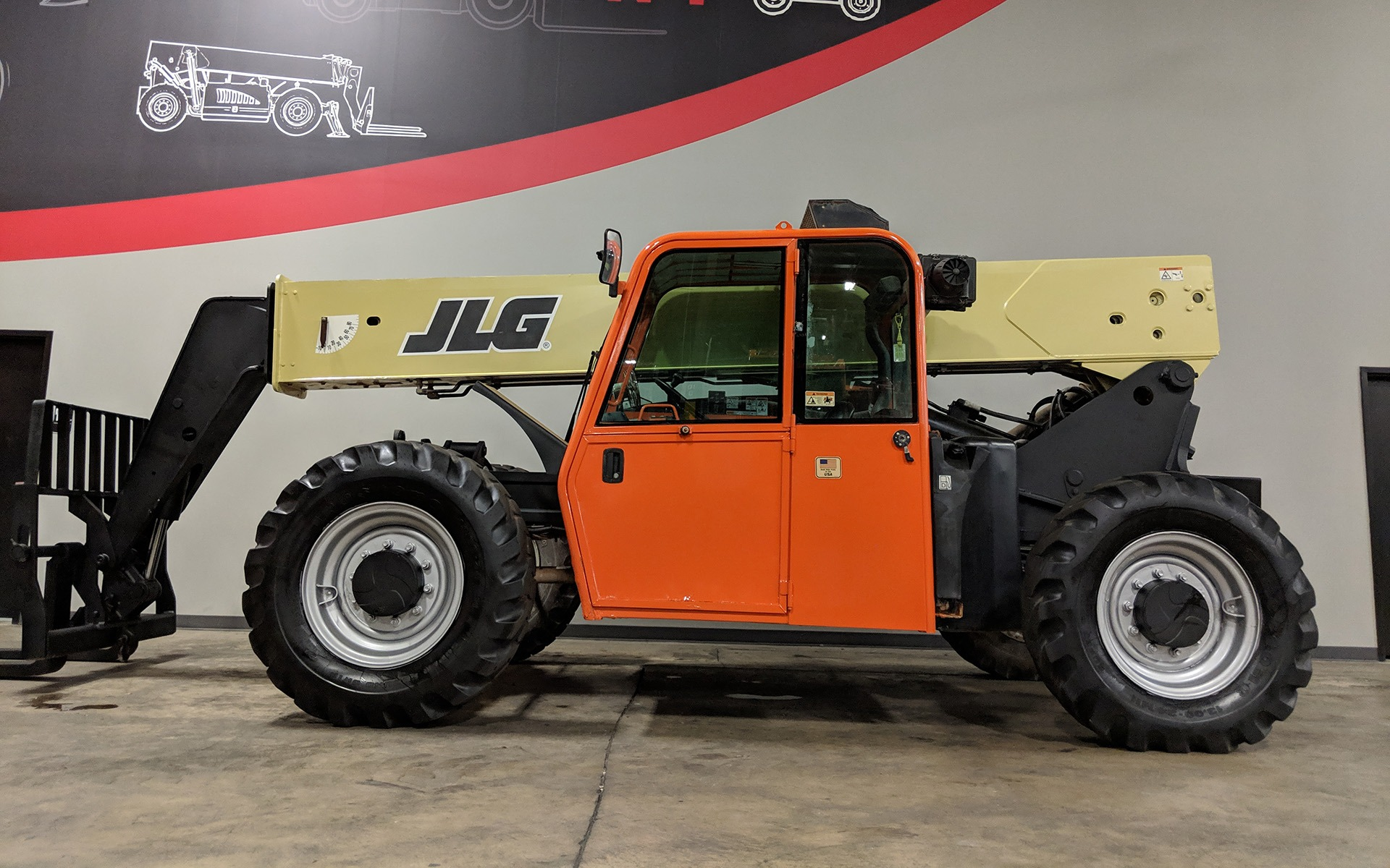 Used 2013 JLG G9-43A    Cary, IL
