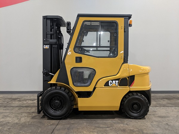 Caterpillar Forklifts for Sale | Illinois Lift Equipment