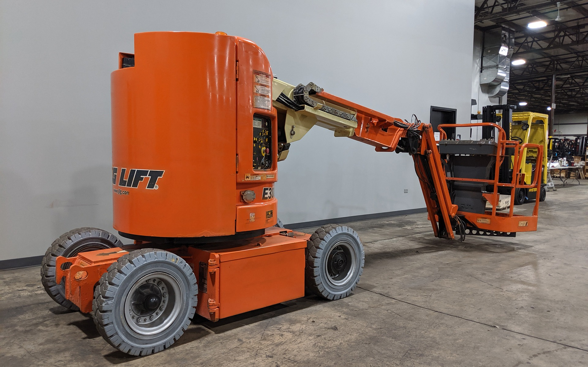 Used 2005 JLG E300AJP  | Cary, IL