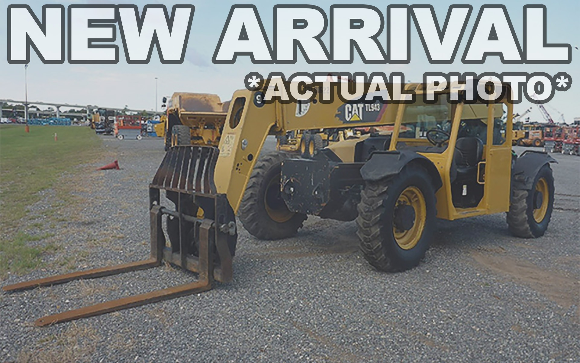 Used 2011 CATERPILLAR TL943  | Cary, IL