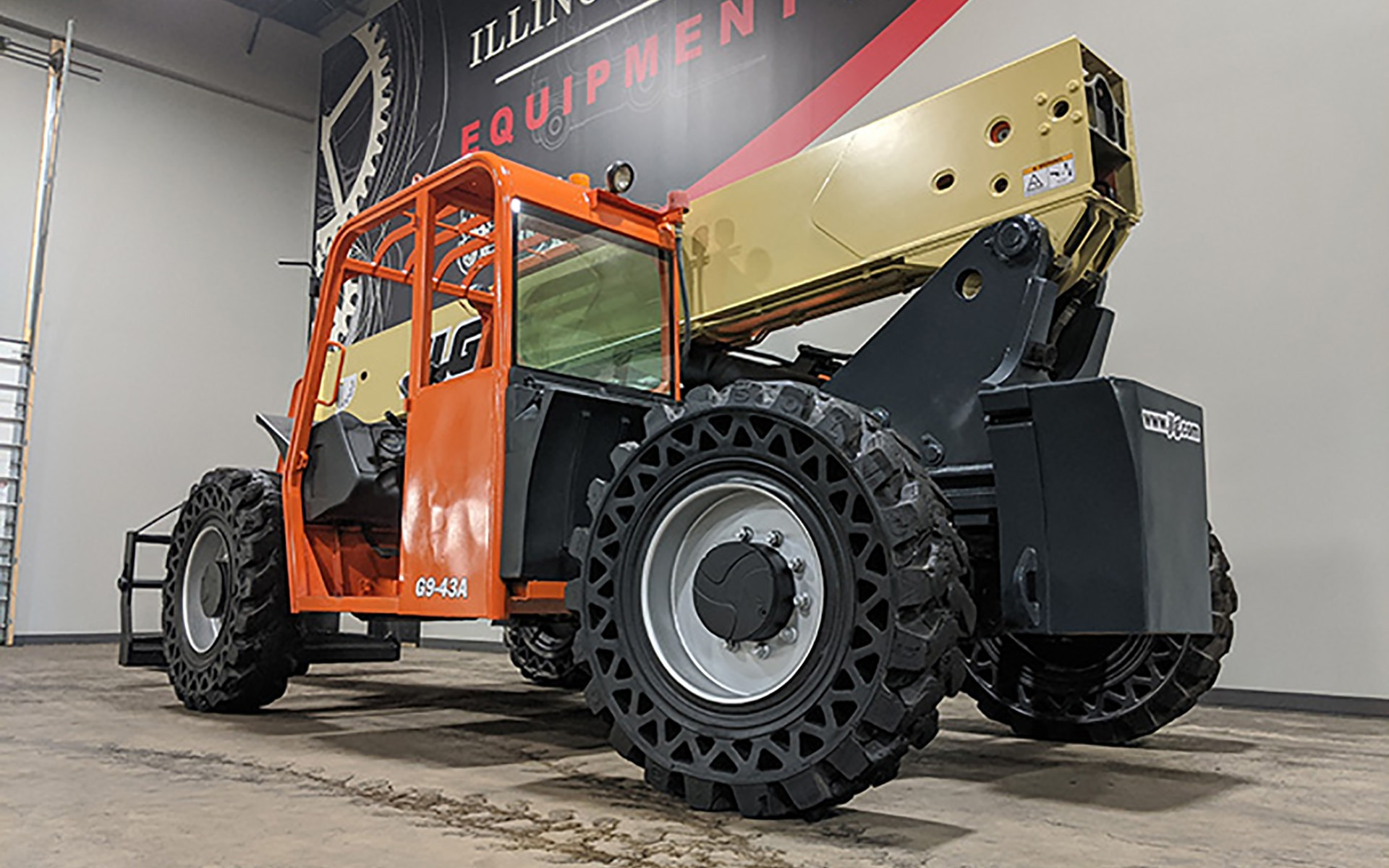 Used 2012 JLG G9-43A    Cary, IL