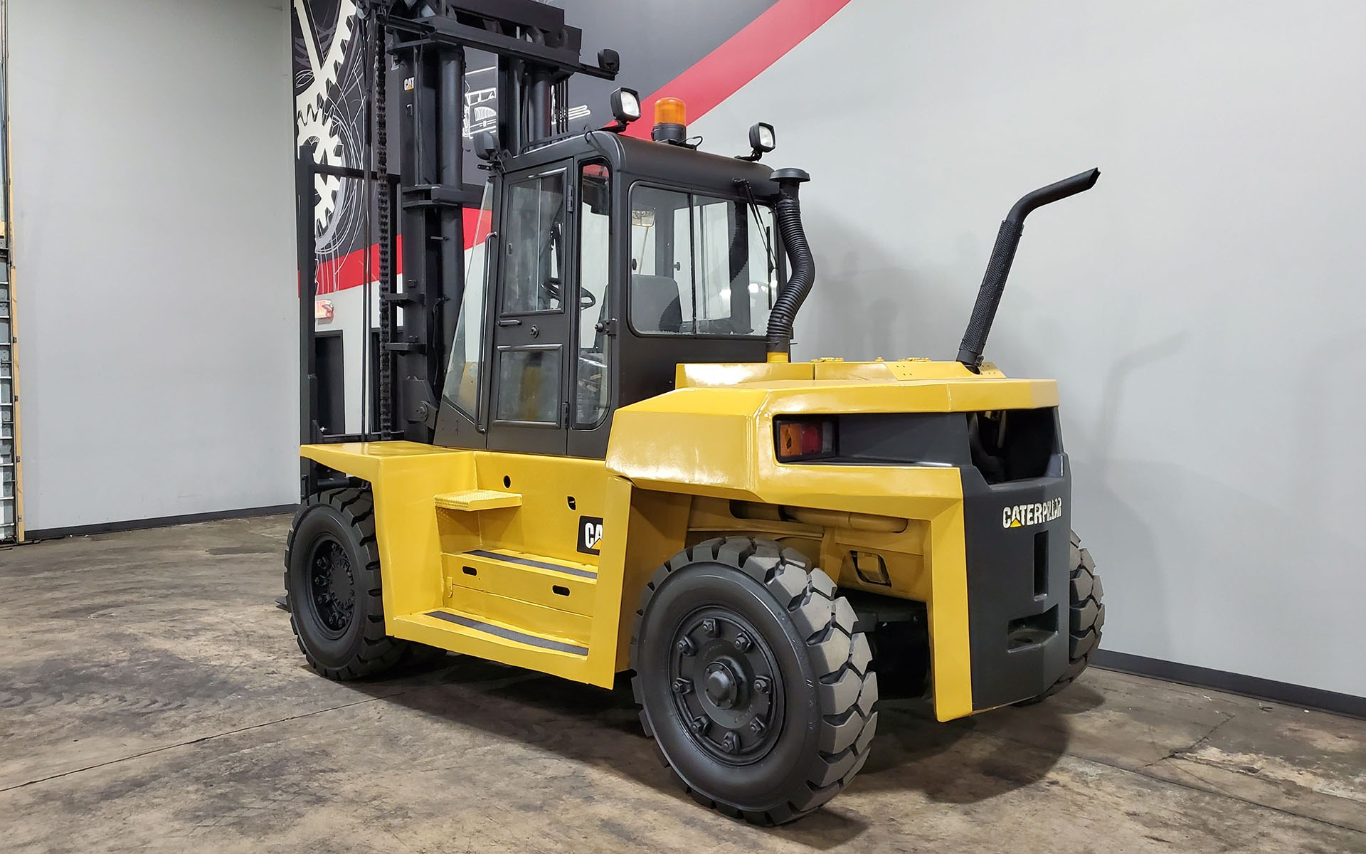 Used 2005 CATERPILLAR DP100    Cary, IL