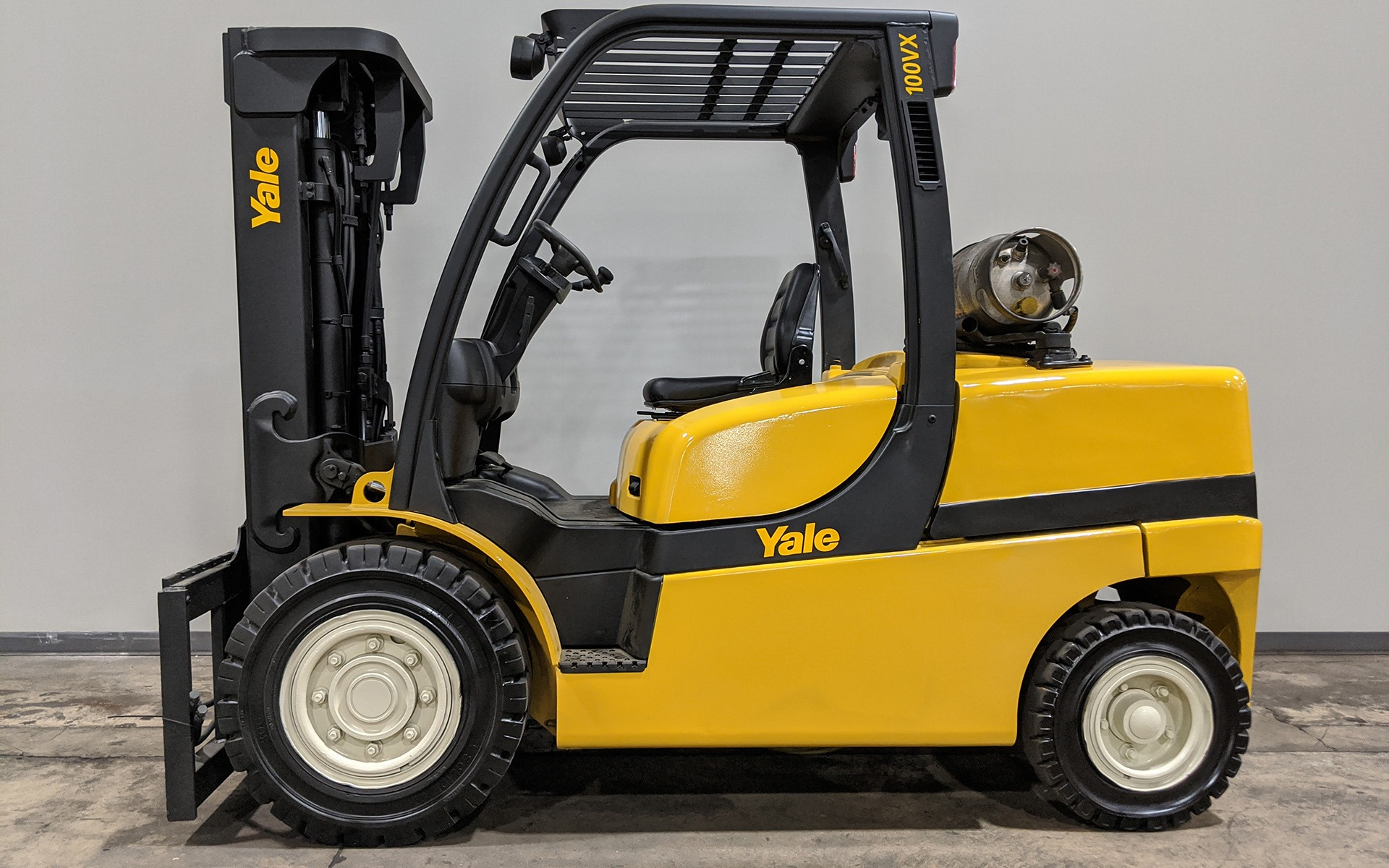 Used 2011 YALE GLP100VX    Cary, IL