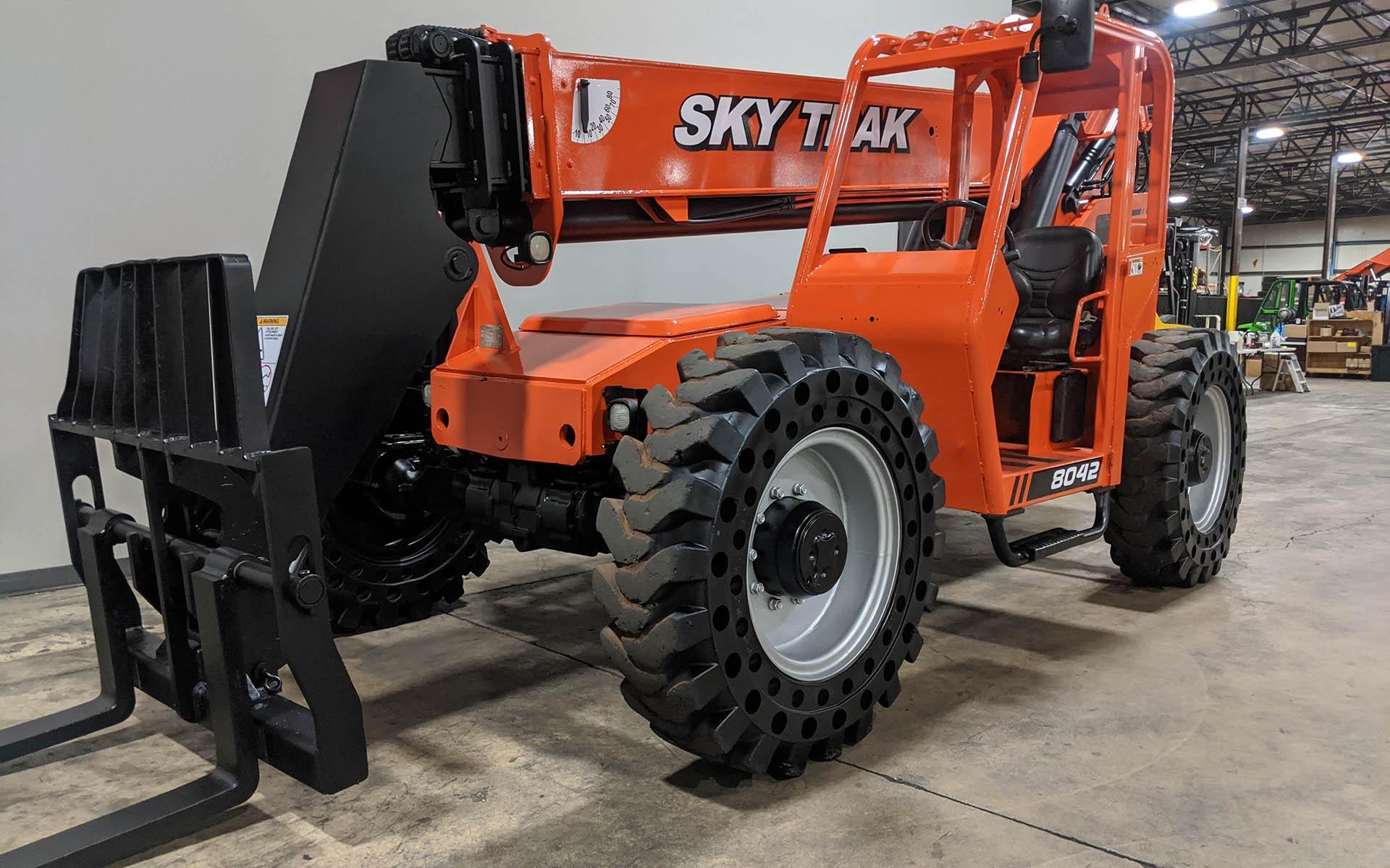 Used 2010 SKYTRAK 8042    Cary, IL