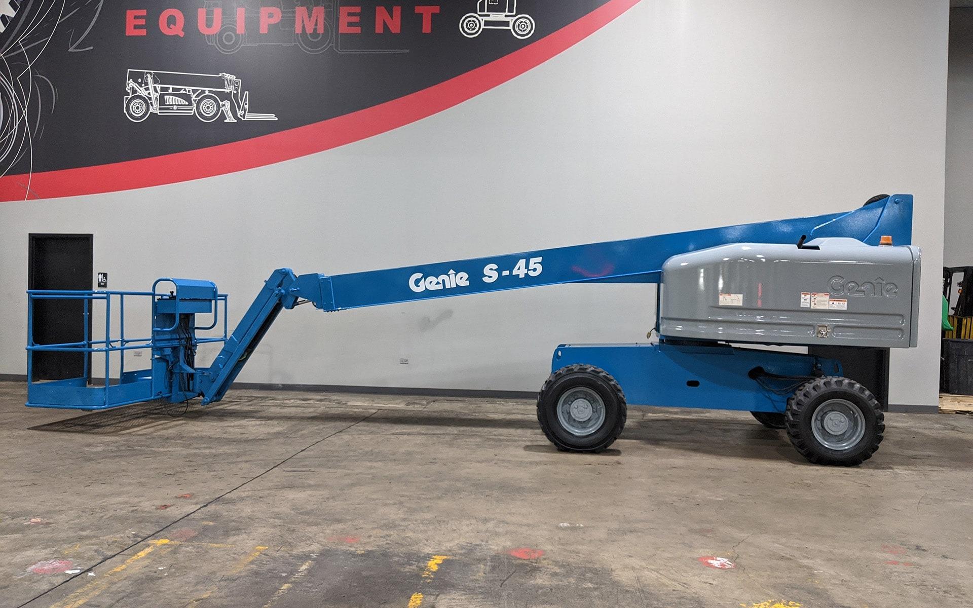 Used 2011 GENIE S45  | Cary, IL
