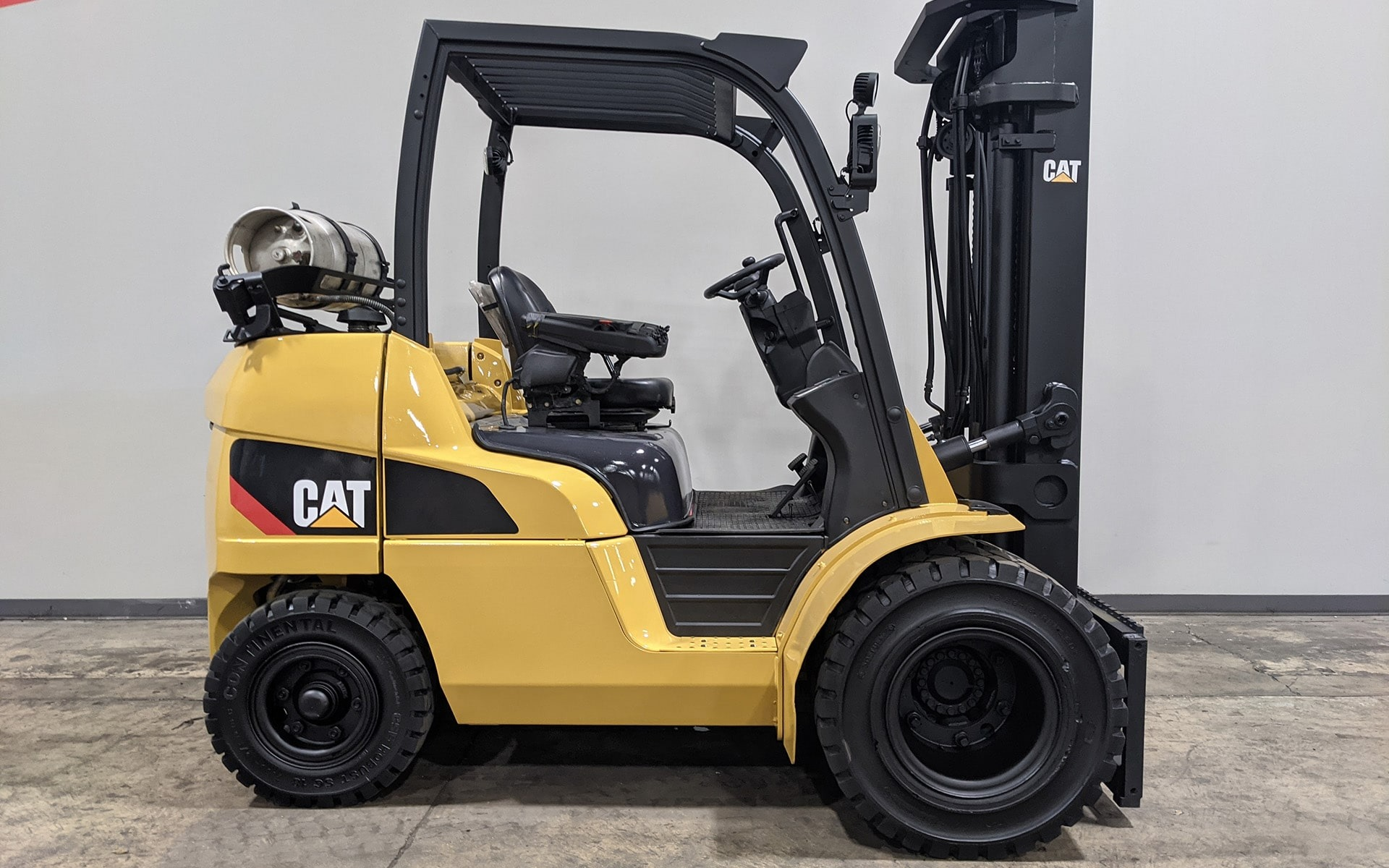 Used 2010 CATERPILLAR P8000  | Cary, IL