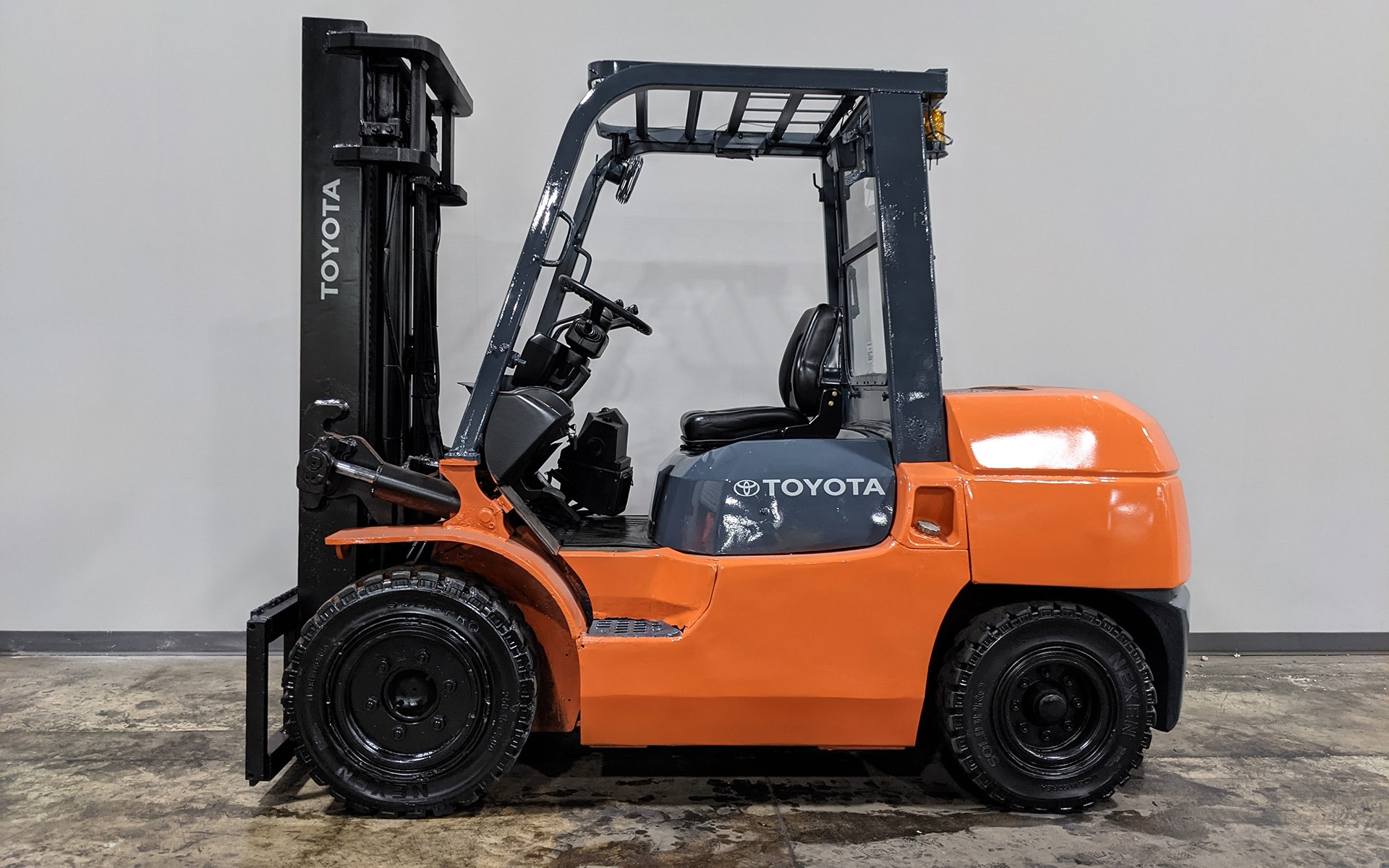 Used 2011 TOYOTA 7FDKU40  | Cary, IL