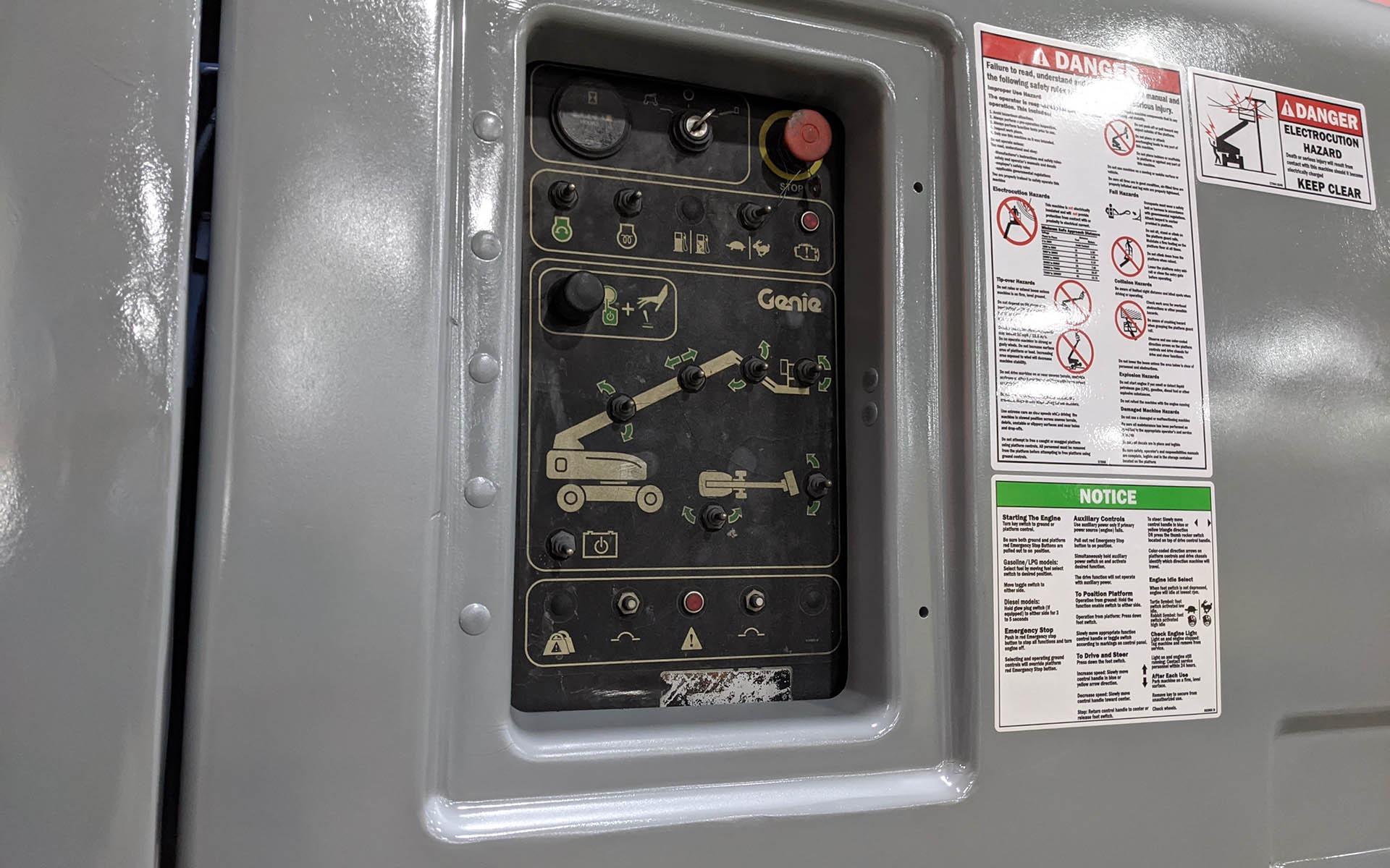 Used 2010 GENIE S65  | Cary, IL