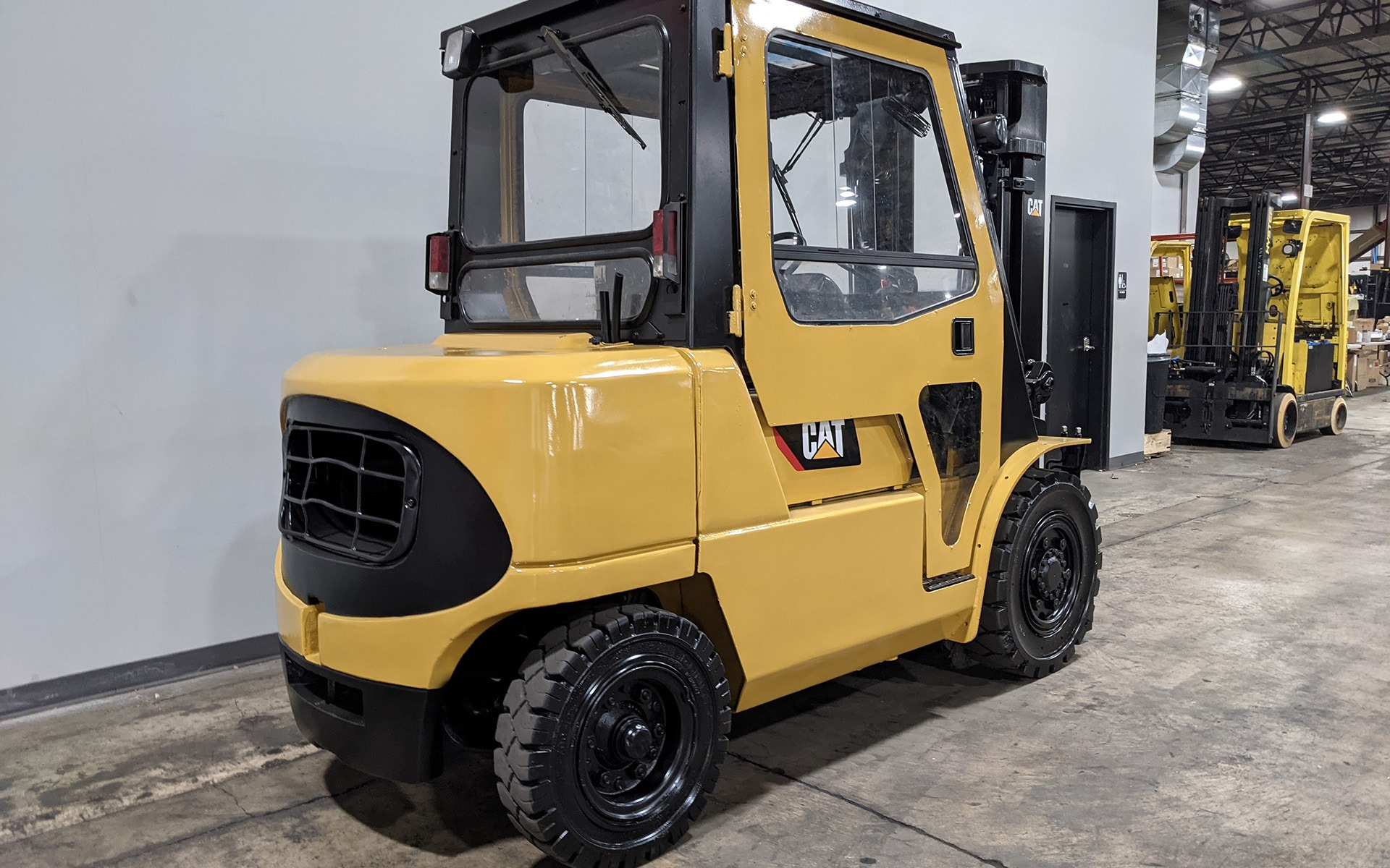 Used 2004 CATERPILLAR DP40K  | Cary, IL