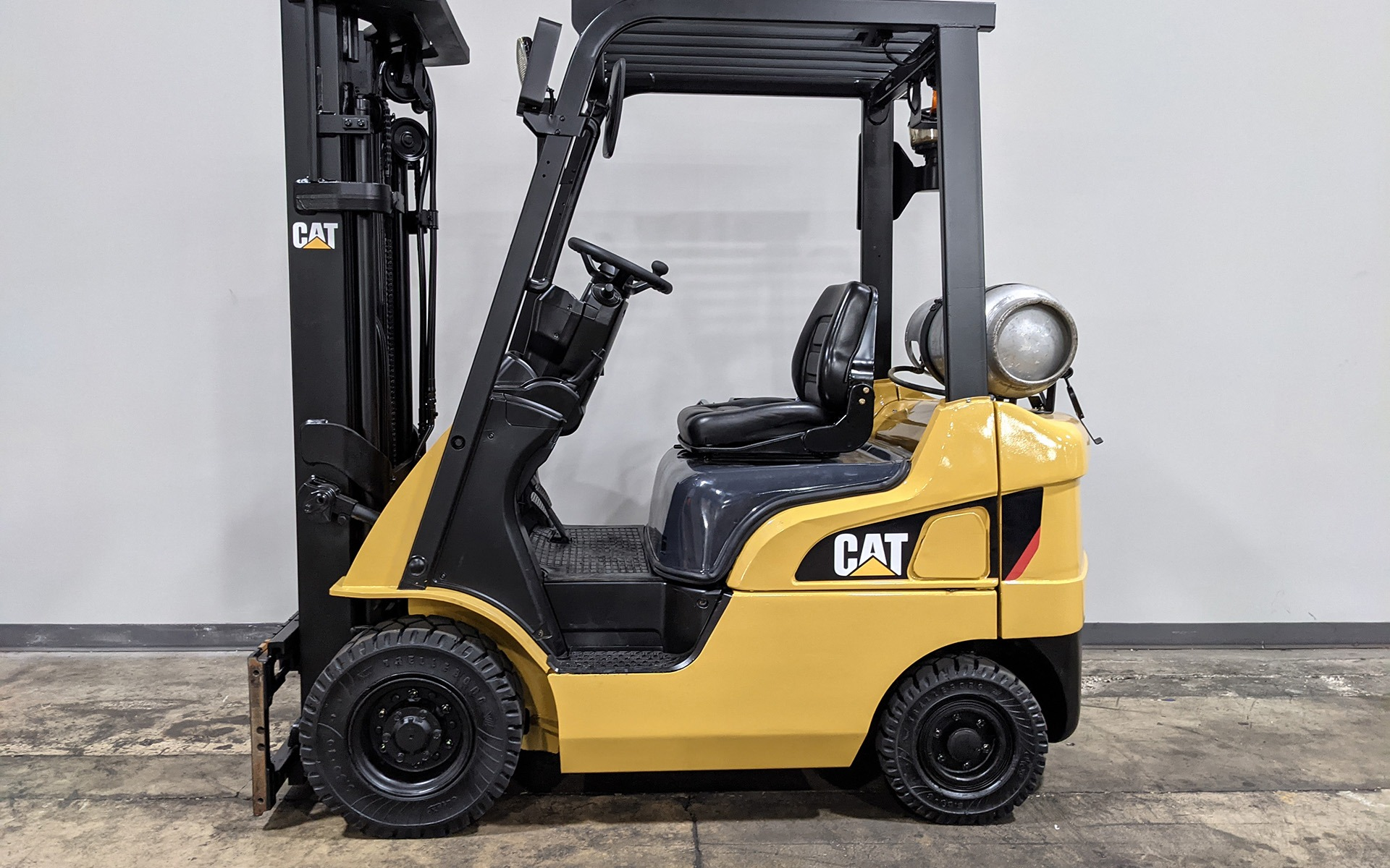 Used 2018 CATEPRILLAR GP18N  | Cary, IL