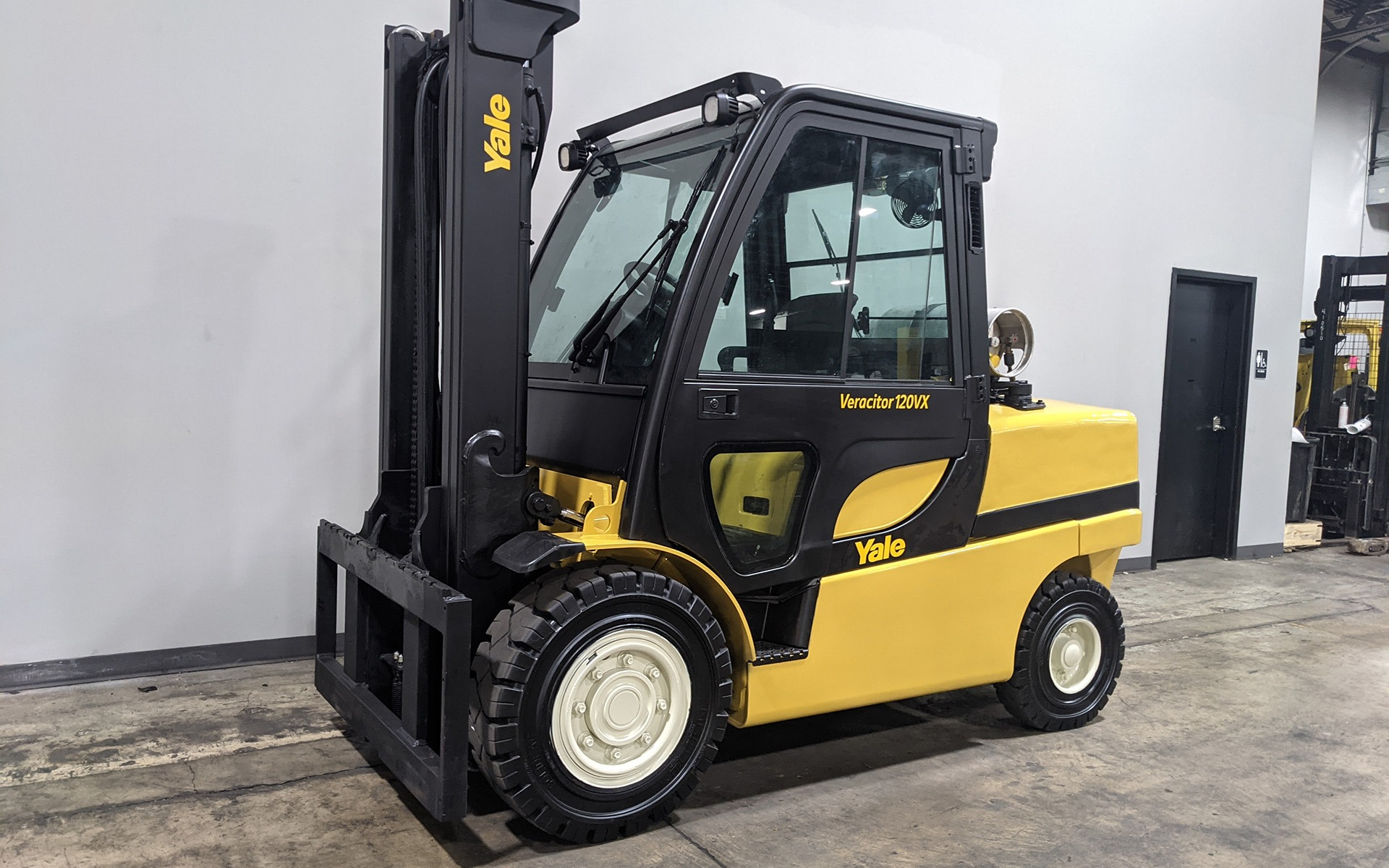 Used 2015 YALE GLP120VX  | Cary, IL