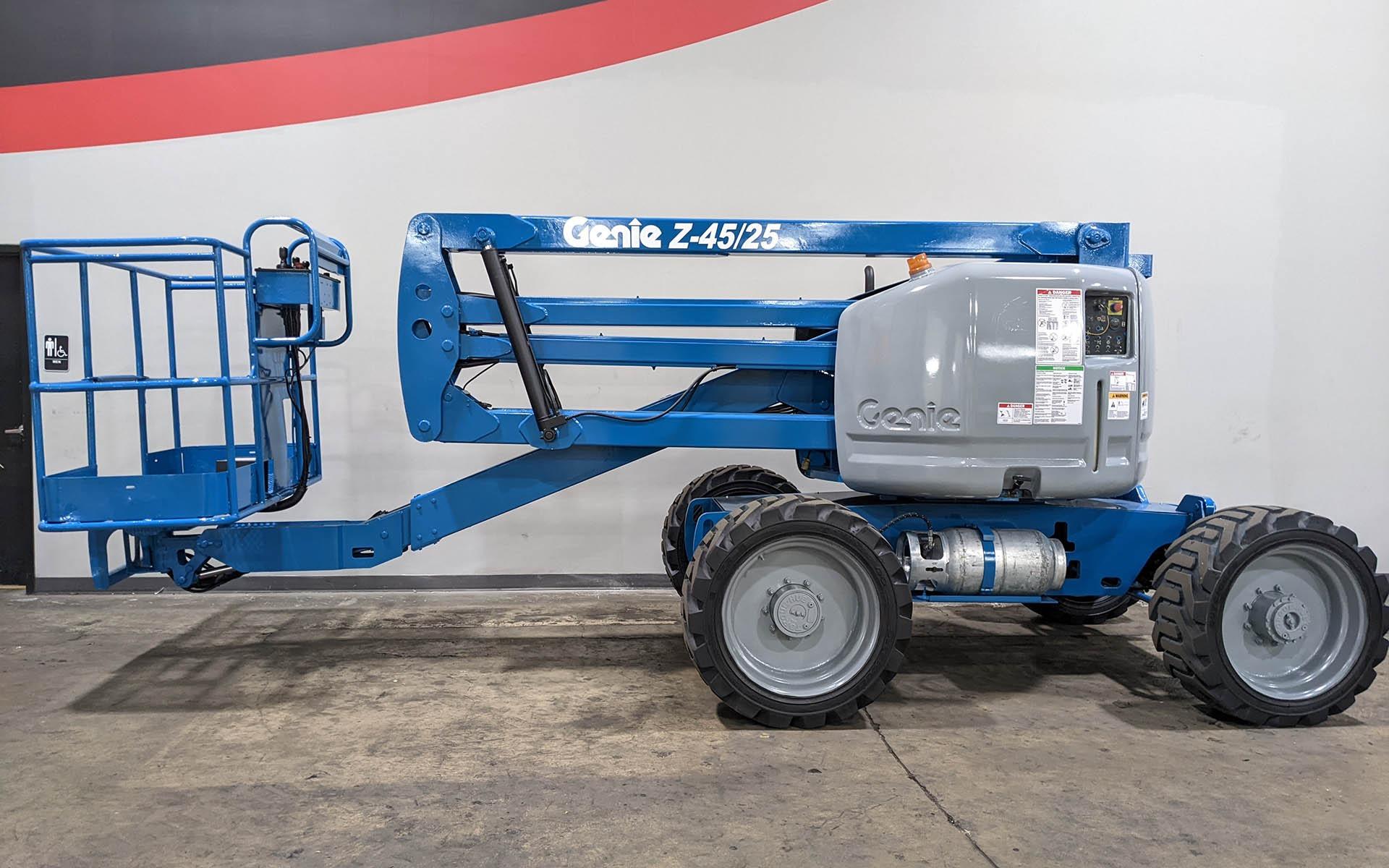 Used 2012 GENIE Z45 25  | Cary, IL