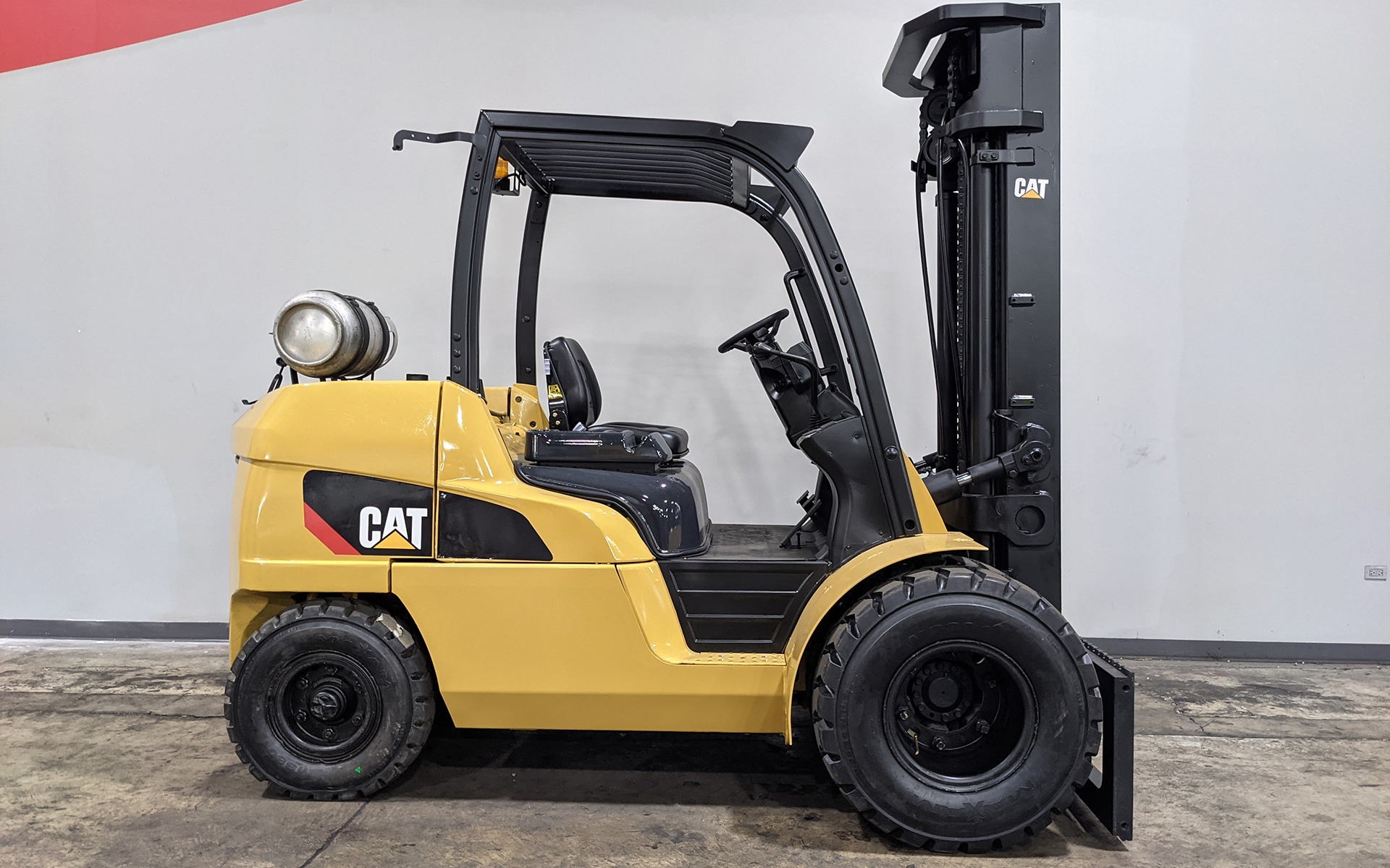 Used 2012 CATERPILLAR P10000  | Cary, IL