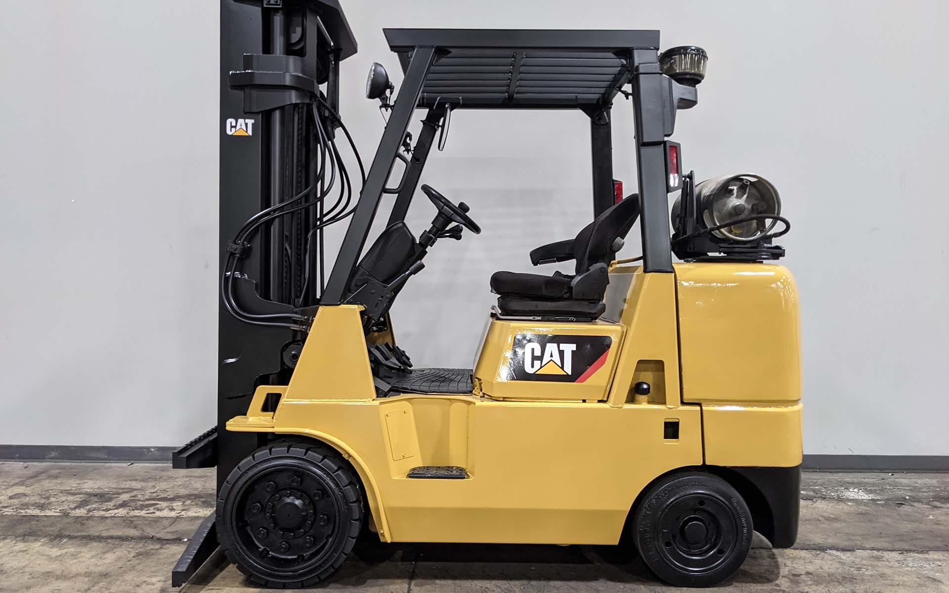 Used 2005 CATERPILLAR GC40K    Cary, IL