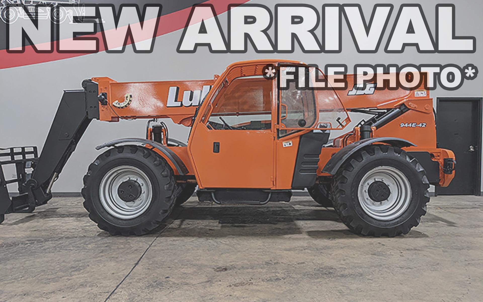 Used 2005 LULL 944E-42    Cary, IL