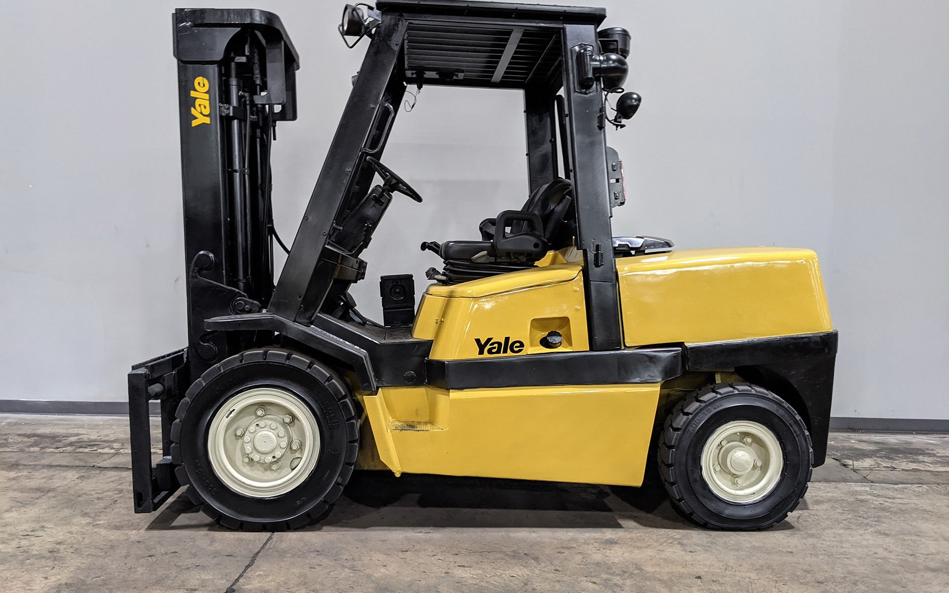 Used 2006 YALE GDP120  | Cary, IL